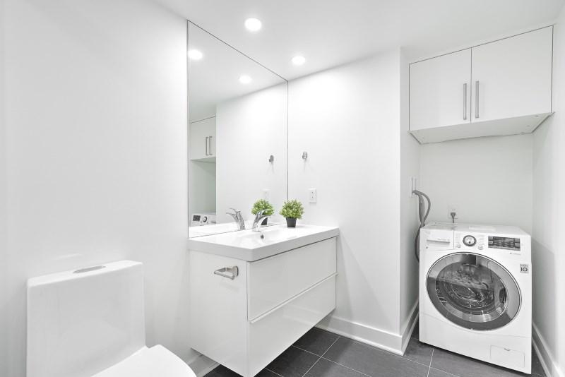 1103 bathroom