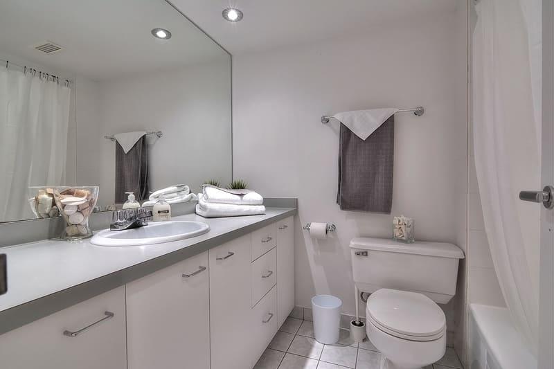 1709 bathroom