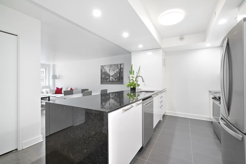 208 kitchen-living