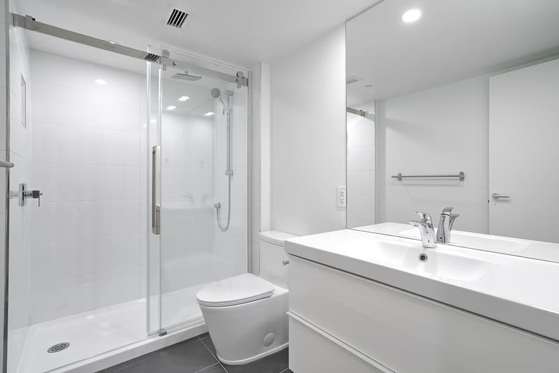 914 bathroom